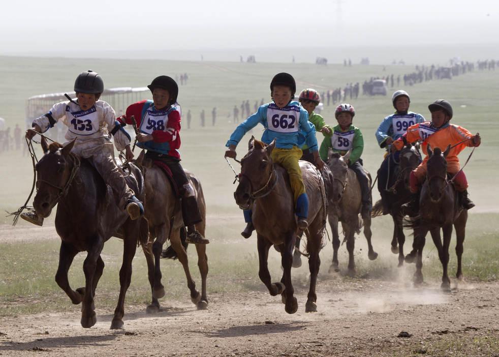 Naadam, os três jogos masculinos da Mongólia em 2012 18
