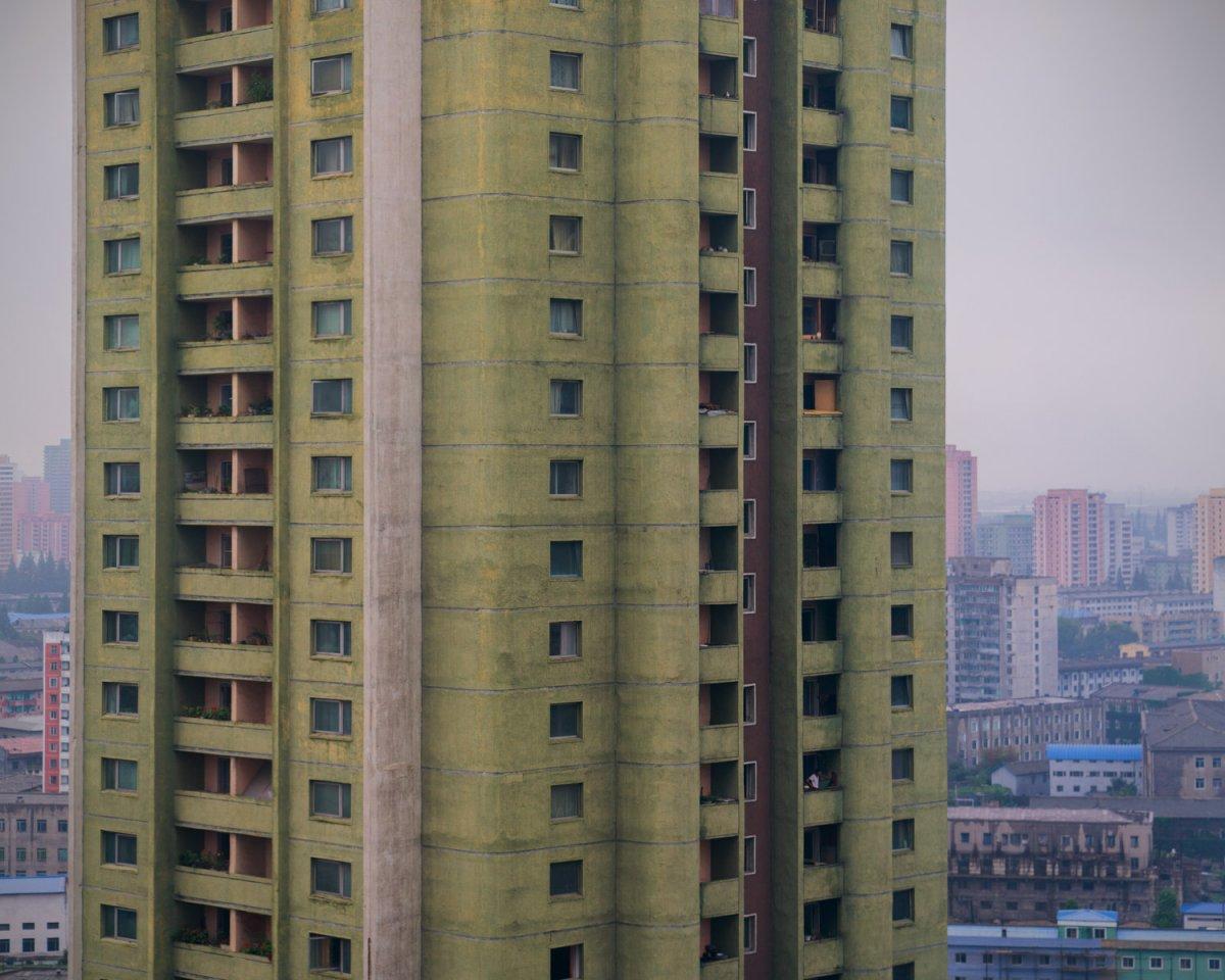 Fotos surreais da capital da Coreia do Norte em uma excursão sancionada pelo Estado 07