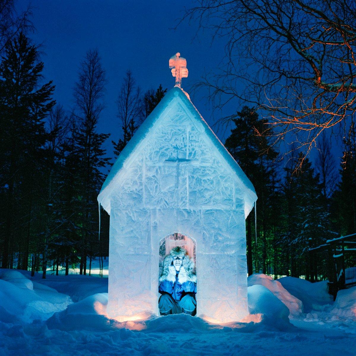Conheça 15 pessoas que desafiam temperaturas extremas para viver no círculo ártico 08