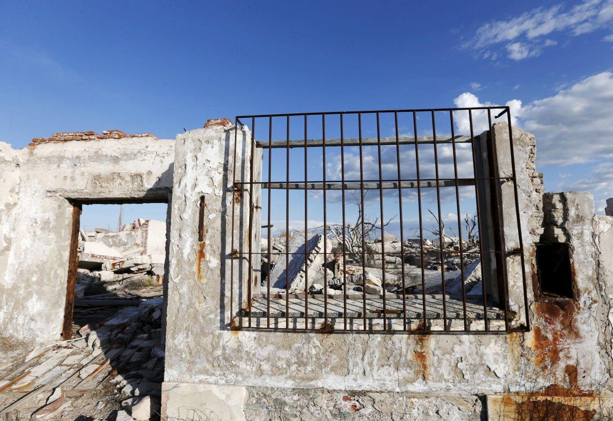 Uma cidade fantasma emerge das águas de uma enchente que aconteceu há 30 anos, na Argentina 18