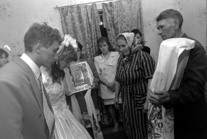 Um casamento tradicional no interior da Rússia 08