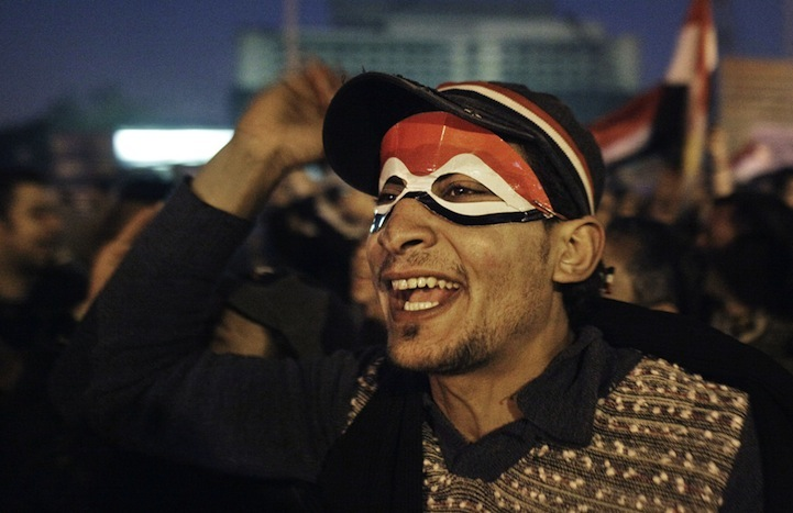 Celebração dos manifestantes egípcios 01