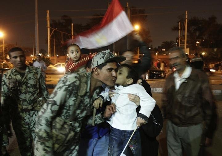 Celebração dos manifestantes egípcios 12