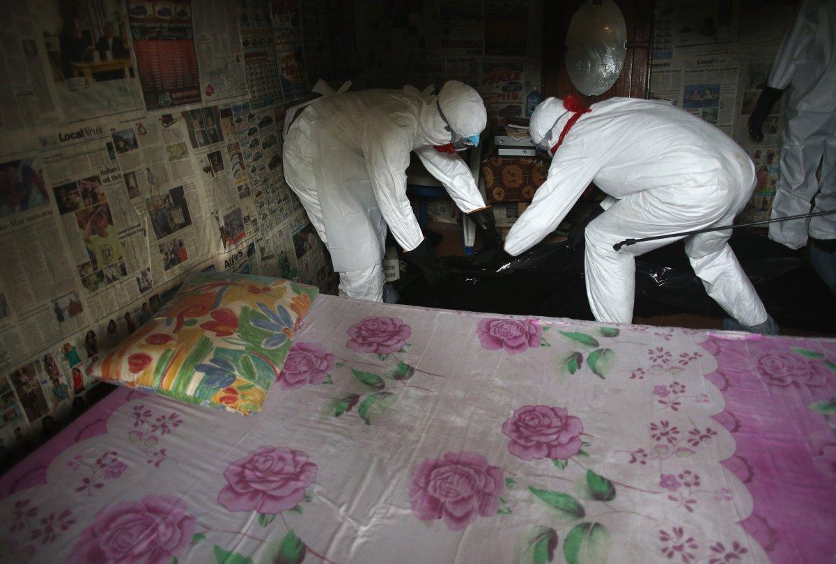 Estas 27 fotografias da zona quente da epidemia de Ebola na Libéria são horríveis 06