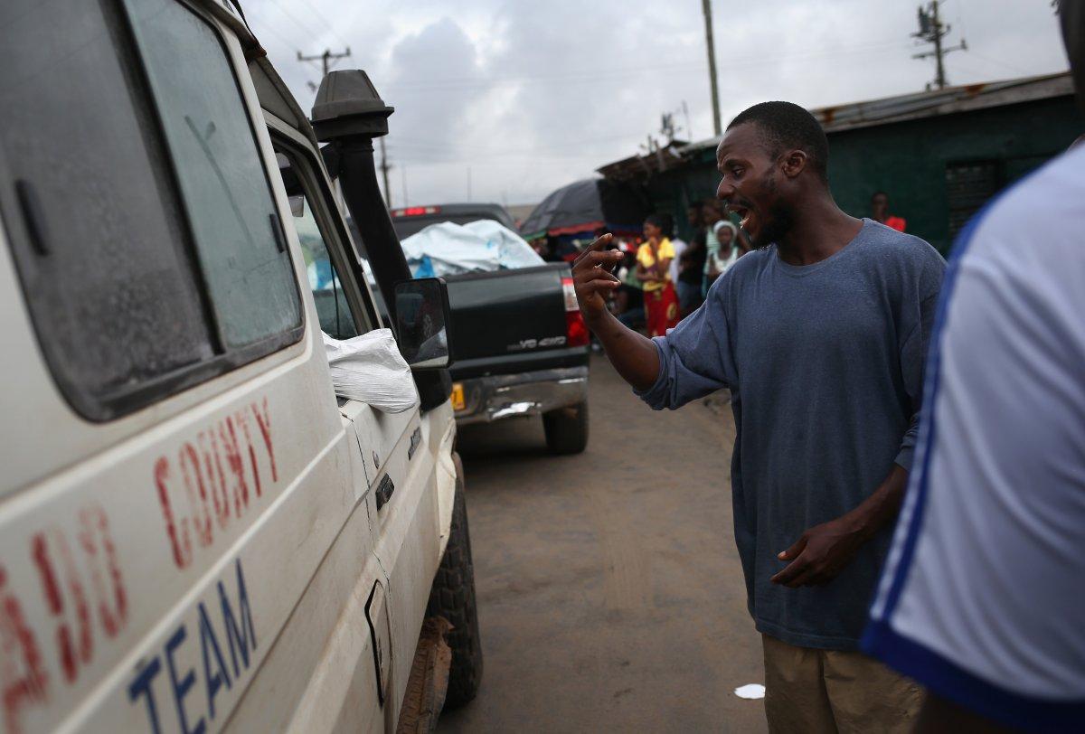 Estas 27 fotografias da zona quente da epidemia de Ebola na Libéria são horríveis 08