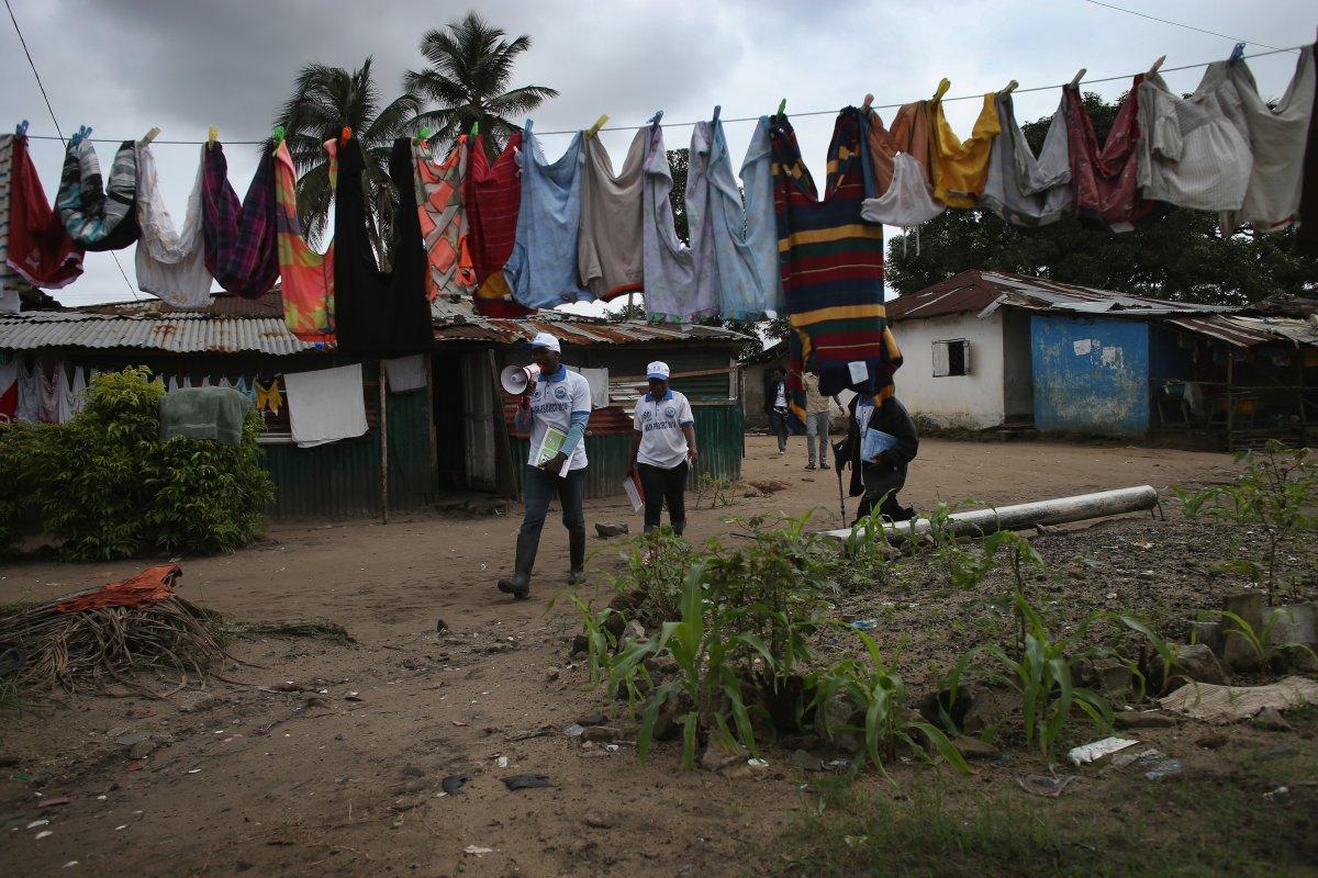Estas 27 fotografias da zona quente da epidemia de Ebola na Libéria são horríveis 12
