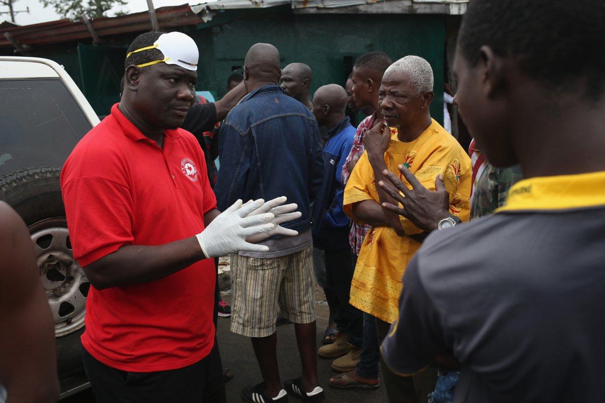Estas 27 fotografias da zona quente da epidemia de Ebola na Libéria são horríveis 13