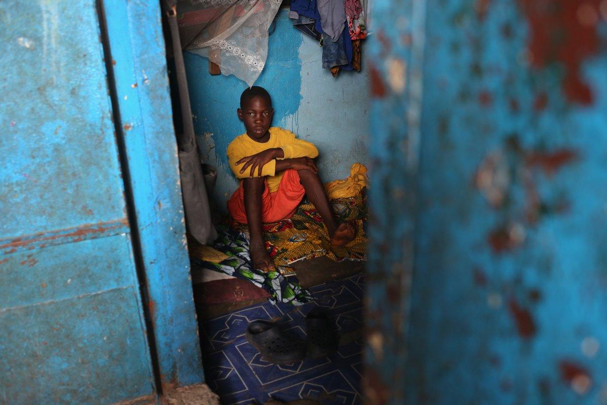 Estas 27 fotografias da zona quente da epidemia de Ebola na Libéria são horríveis 14