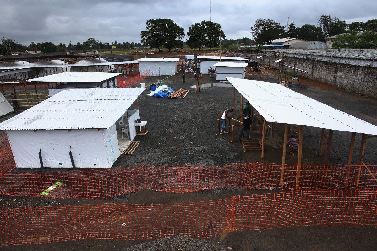 Estas 27 fotografias da zona quente da epidemia de Ebola na Libéria são horríveis 16