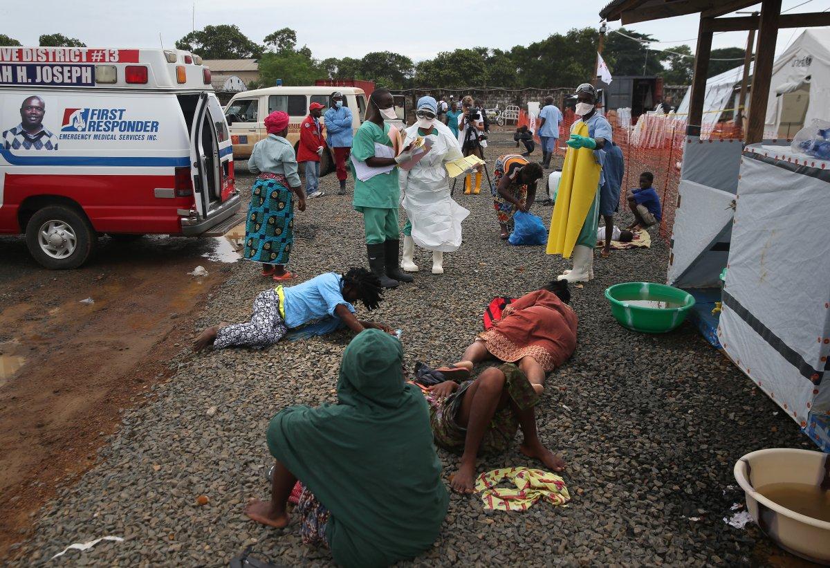 Estas 27 fotografias da zona quente da epidemia de Ebola na Libéria são horríveis 17