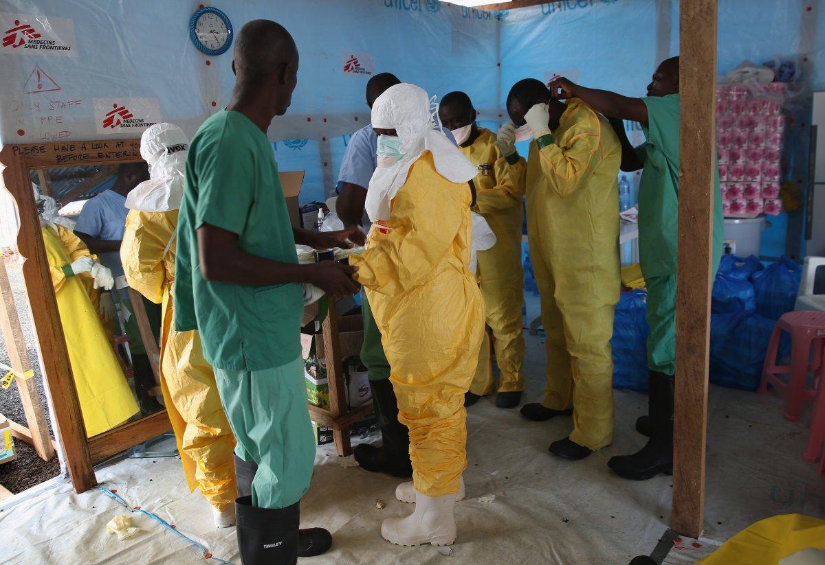Estas 27 fotografias da zona quente da epidemia de Ebola na Libéria são horríveis 18