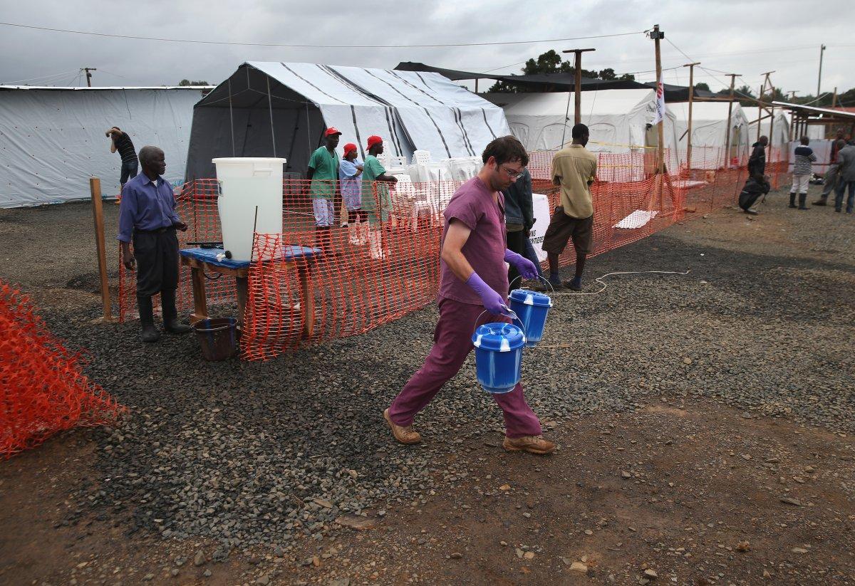 Estas 27 fotografias da zona quente da epidemia de Ebola na Libéria são horríveis 19