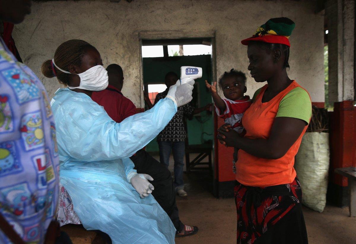 Estas 27 fotografias da zona quente da epidemia de Ebola na Libéria são horríveis 27