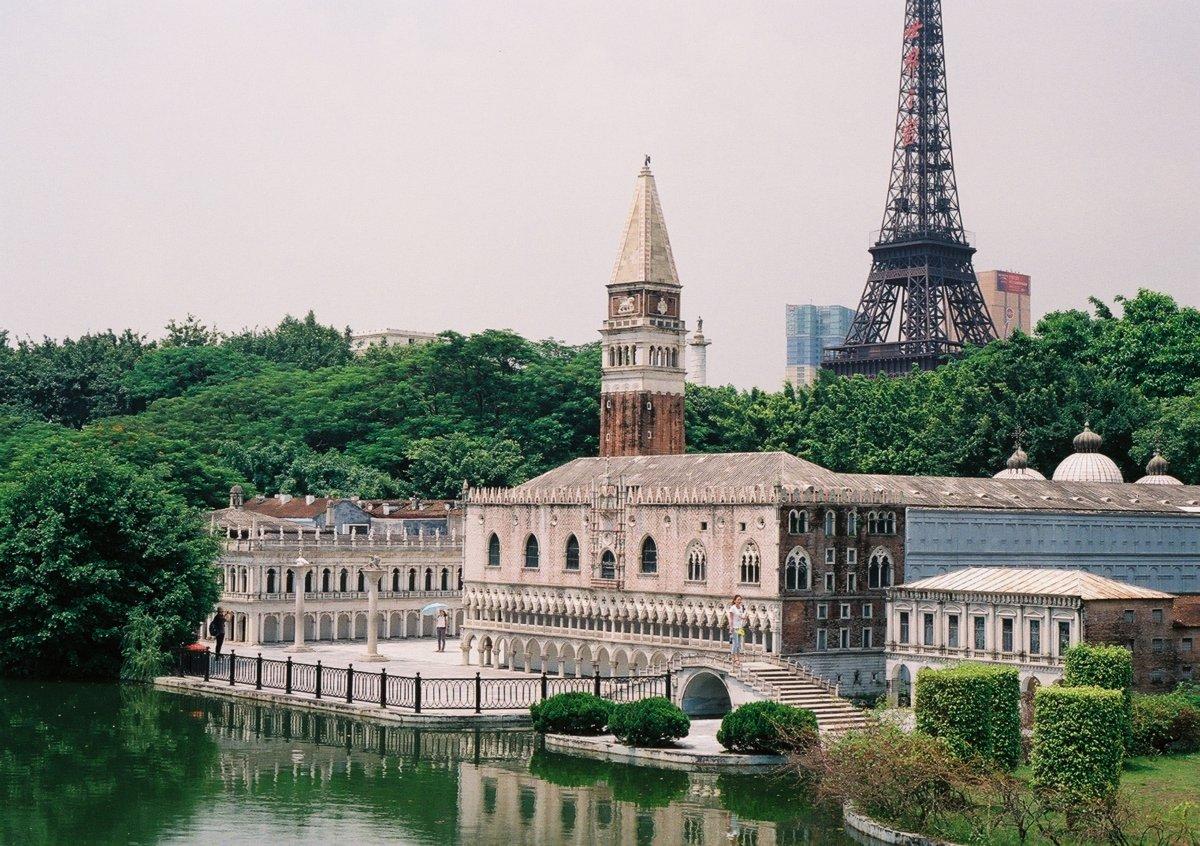 23 fotos do parque temático chinês cheio de monumentos mundiais 03