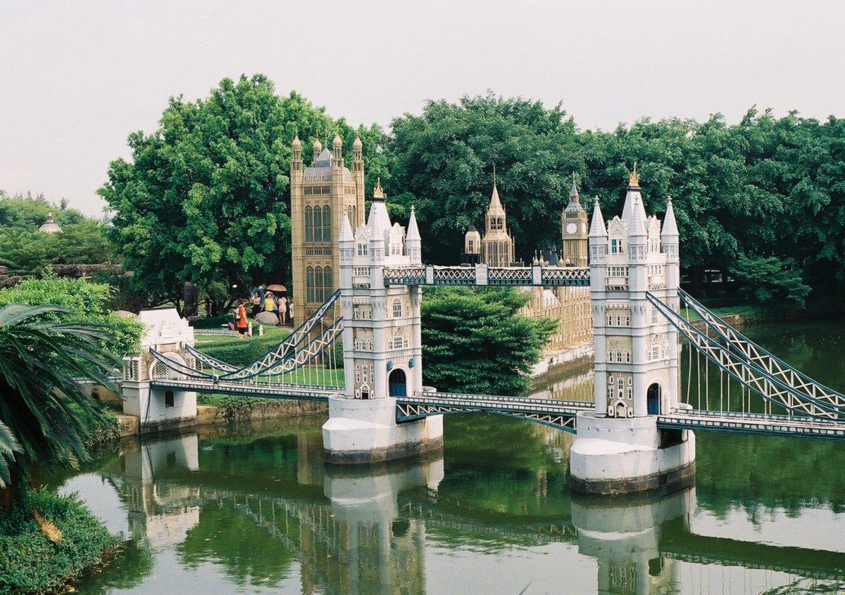 23 fotos do parque temático chinês cheio de monumentos mundiais 17