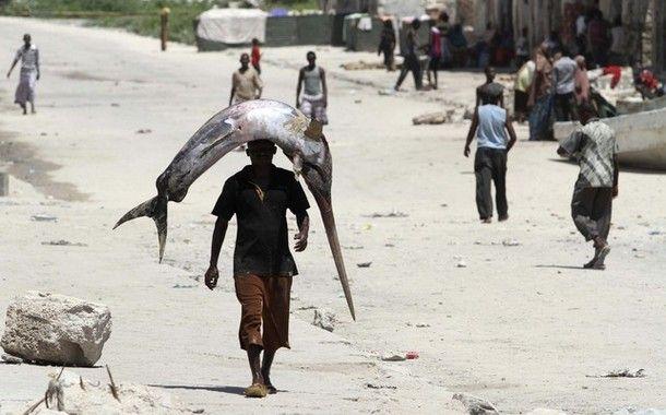 Pescadores somalis 02