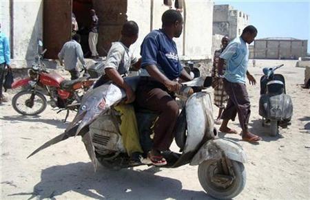 Pescadores somalis 11