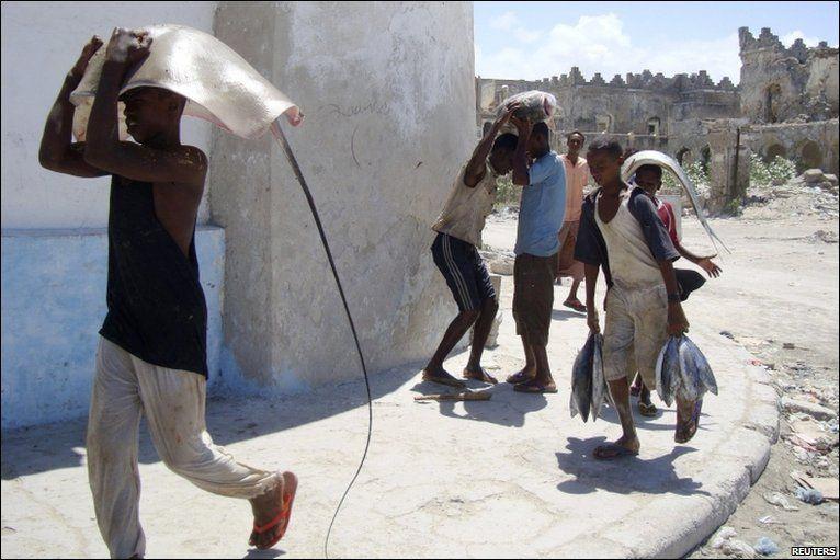 Pescadores somalis 13