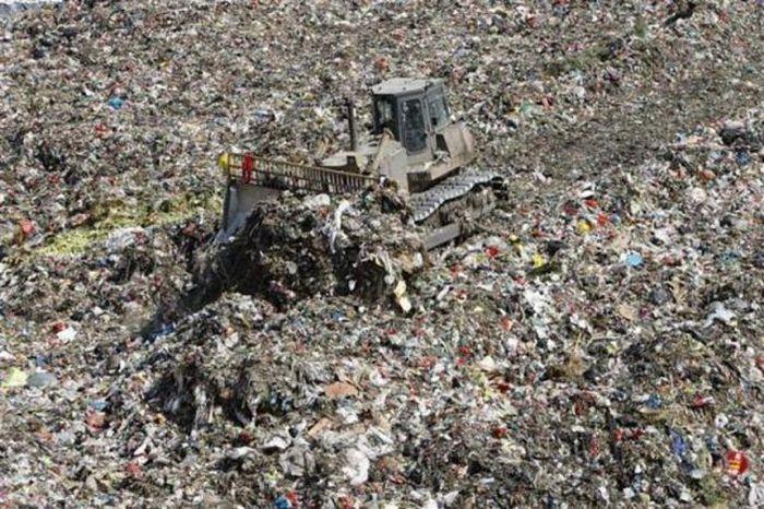 A poluição do lixo ao redor do mundo 16