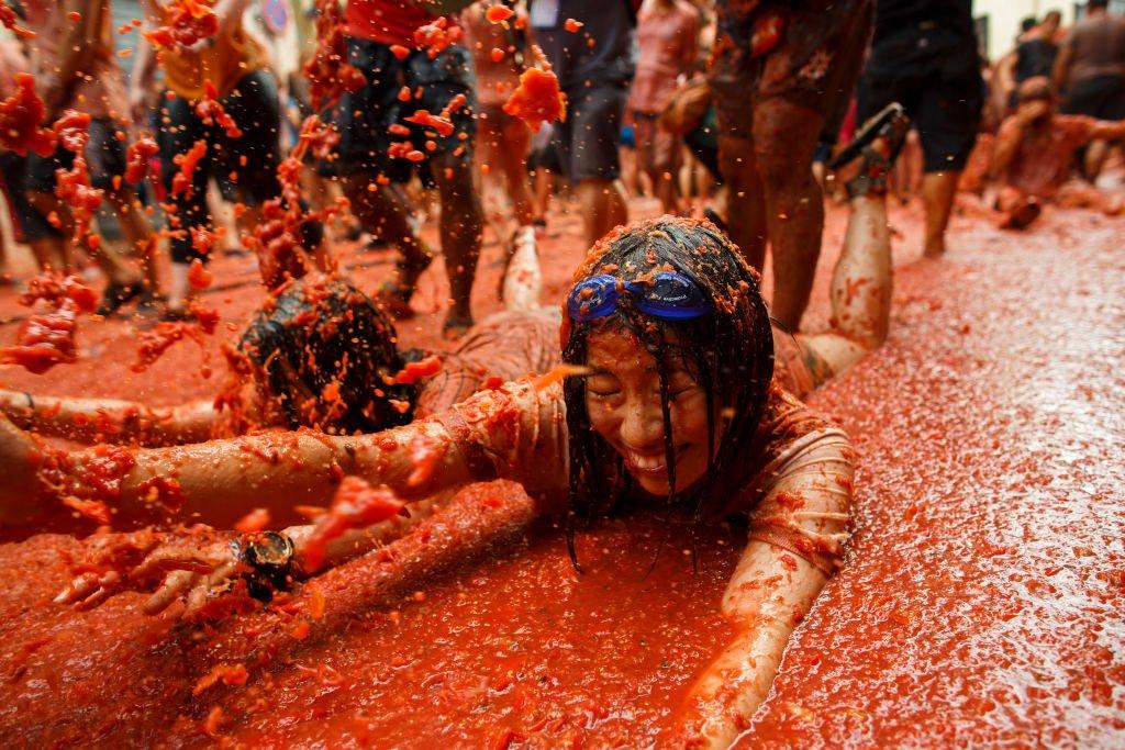 Tomatina: 16 fotos insanas da maior luta alimentar do mundo 11