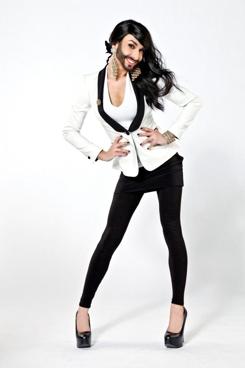 Conchita Wurst, a cantora barbada