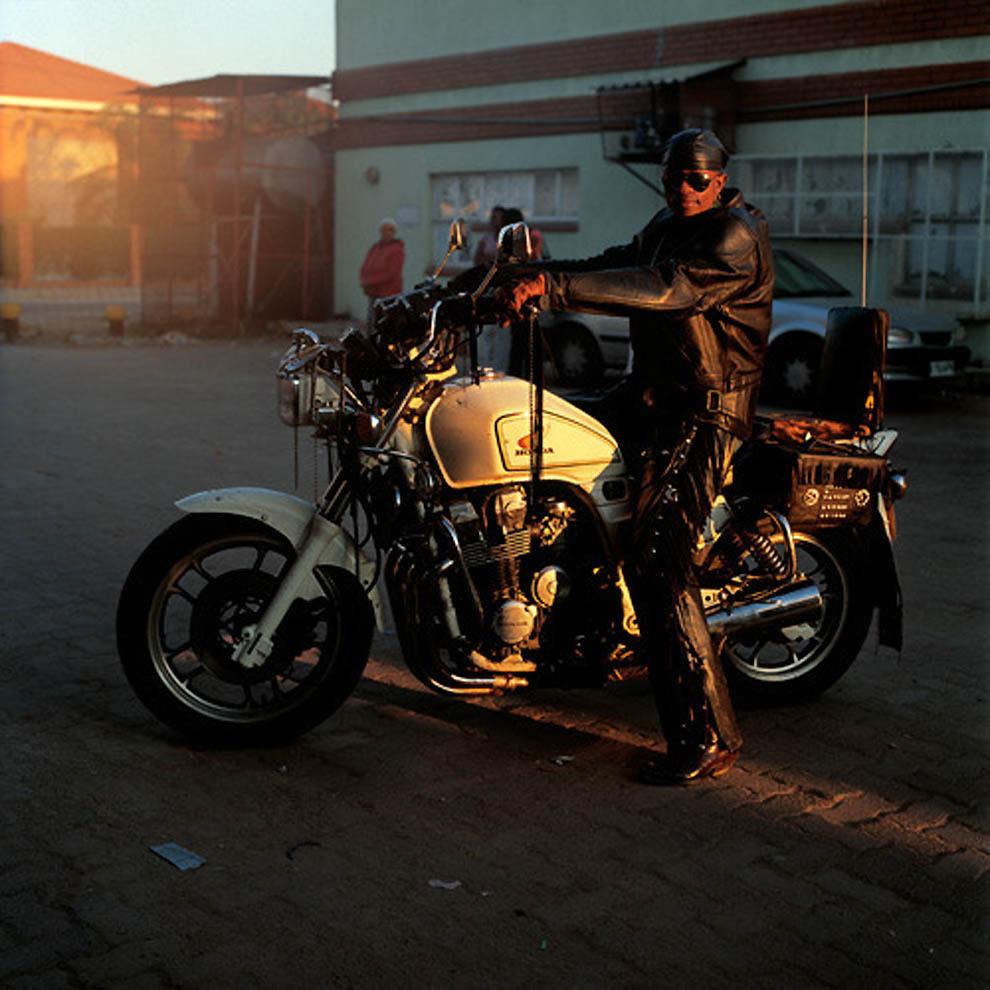 Os cowboys metaleiros de Botswana 10
