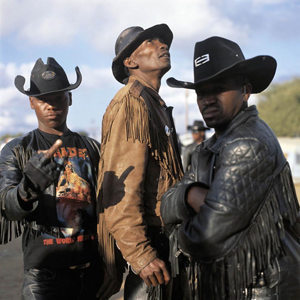 Os cowboys metaleiros de Botswana 16
