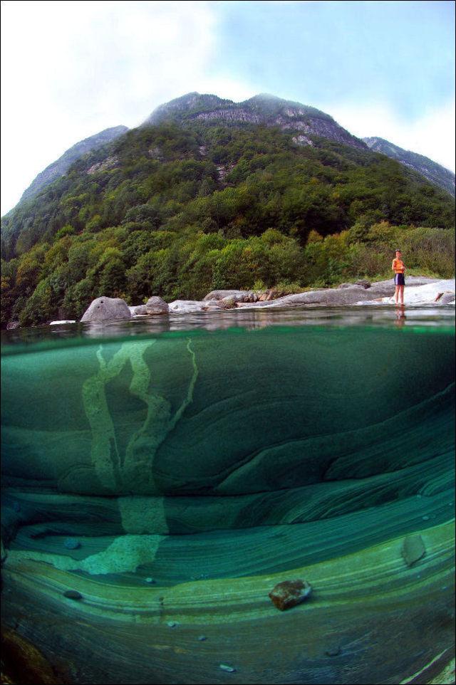 Fotógrafo captura a beleza cristalina de rio suíço 10