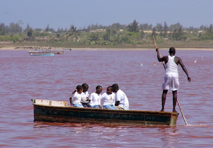 Lago Rosa no Senegal 18