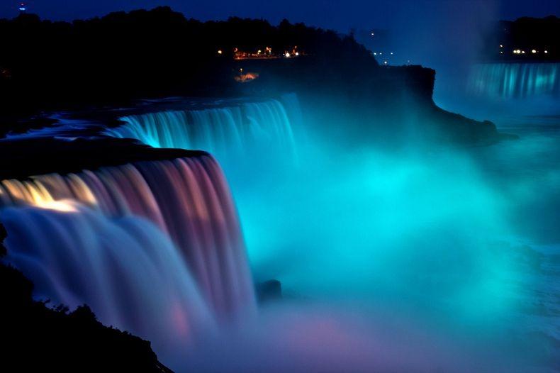Show de luzes nas Cataratas do Niágara 14