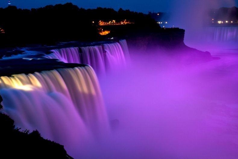 Show de luzes nas Cataratas do Niágara 15