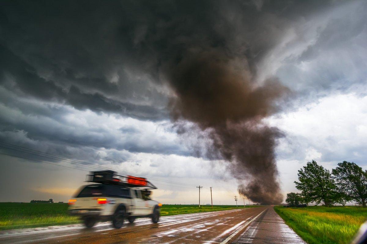 Incríveis fotos de caçadores de tempestades 02