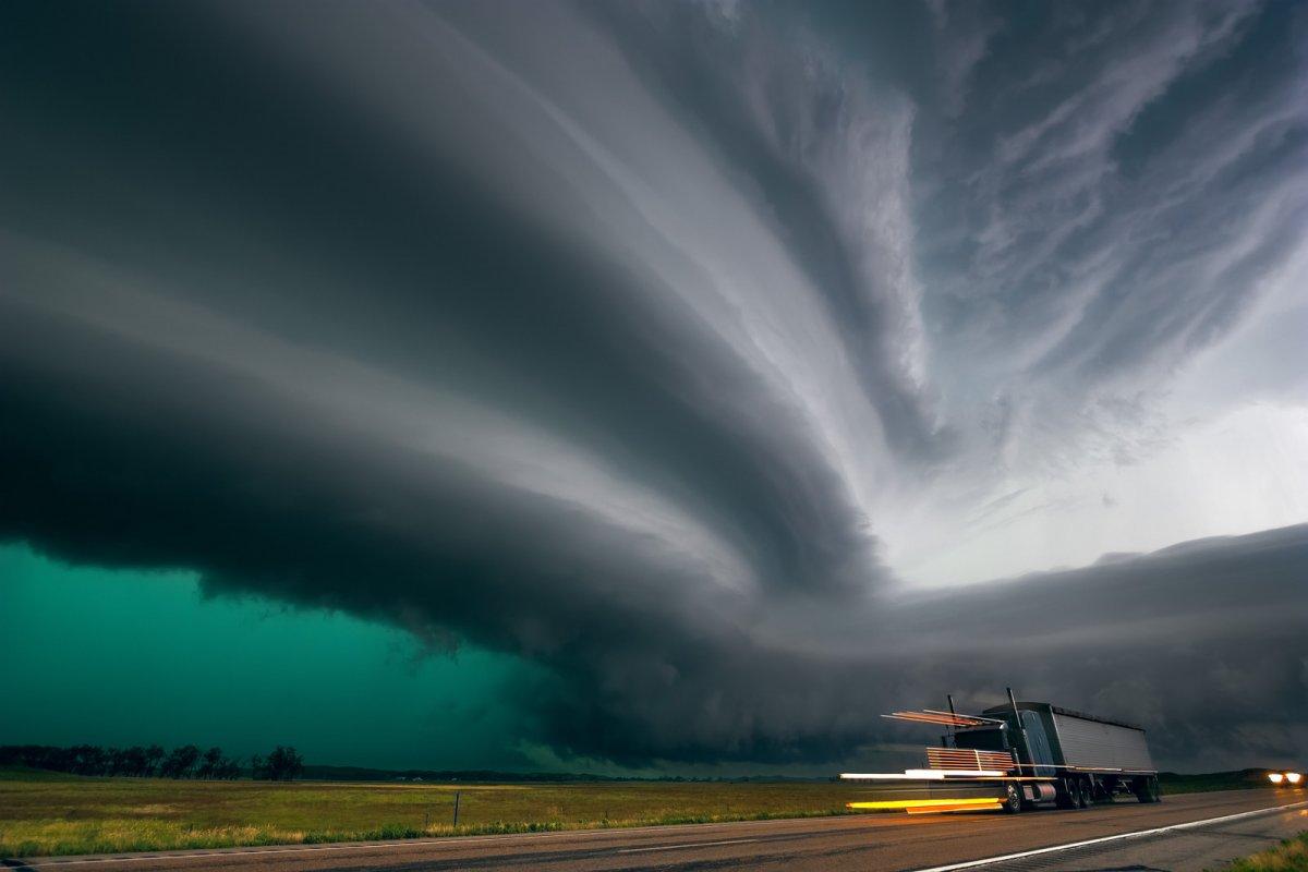 Incríveis fotos de caçadores de tempestades 08