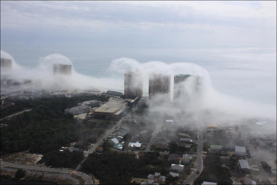 Impressionante tsunami de nuvens surpreende a costa da Flórida 04