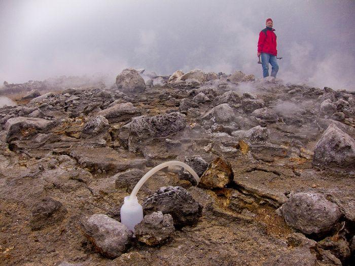 A cratera do vulcão Nyiragongo 05