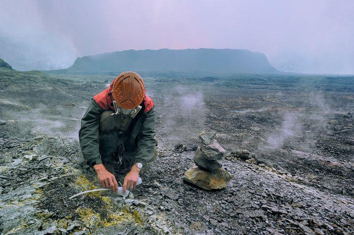 A cratera do vulcão Nyiragongo 10
