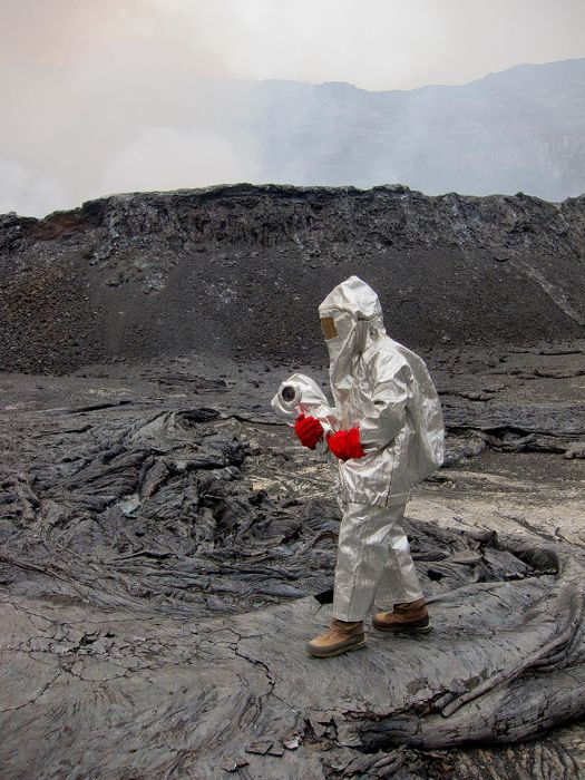A cratera do vulcão Nyiragongo 17