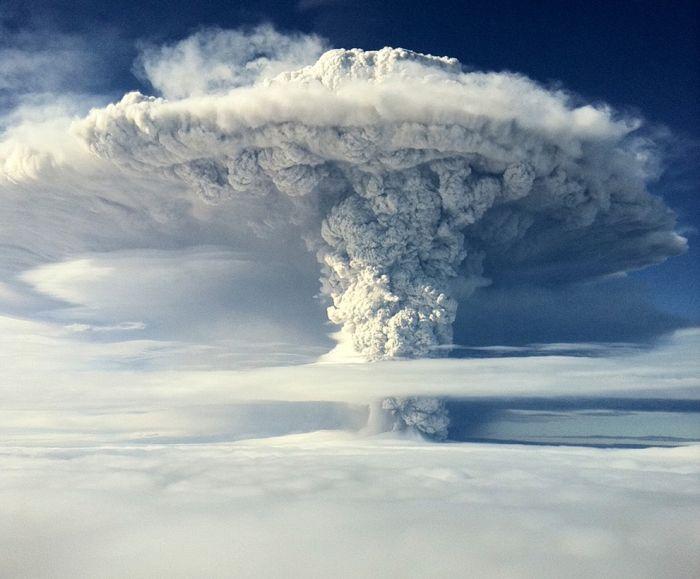 A erupção do vulcão chileno: o Inferno na Terra 06