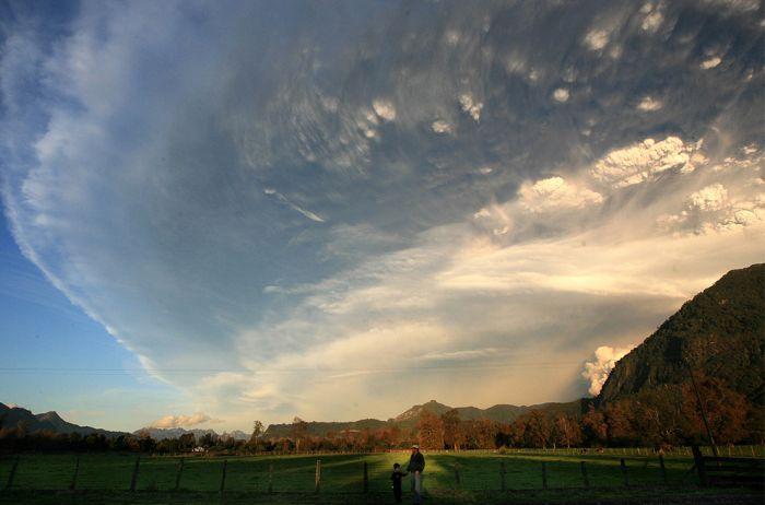 A erupção do vulcão chileno: o Inferno na Terra 07