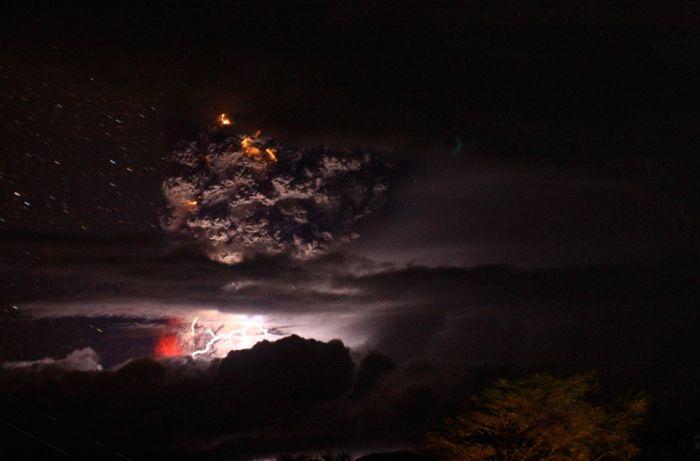 A erupção do vulcão chileno: o Inferno na Terra 15