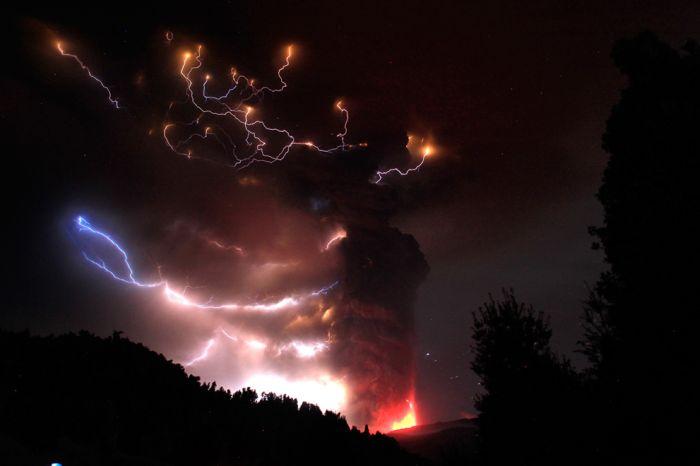 A erupção do vulcão chileno: o Inferno na Terra 16