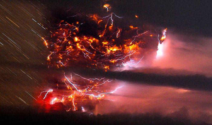 A erupção do vulcão chileno: o Inferno na Terra 17
