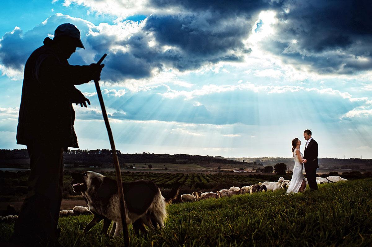 23 fotografias de casamento em inesquecíveis paisagens ao redor do mundo 18