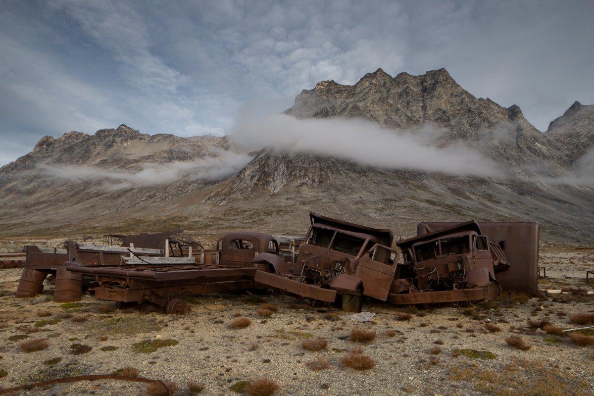Fotos incrivelmente belas de lixo enferrujado da Segunda Guerra Mundial na Gronelândia 07