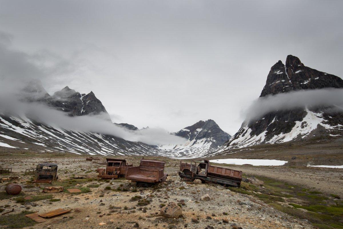 Fotos incrivelmente belas de lixo enferrujado da Segunda Guerra Mundial na Gronelândia 11