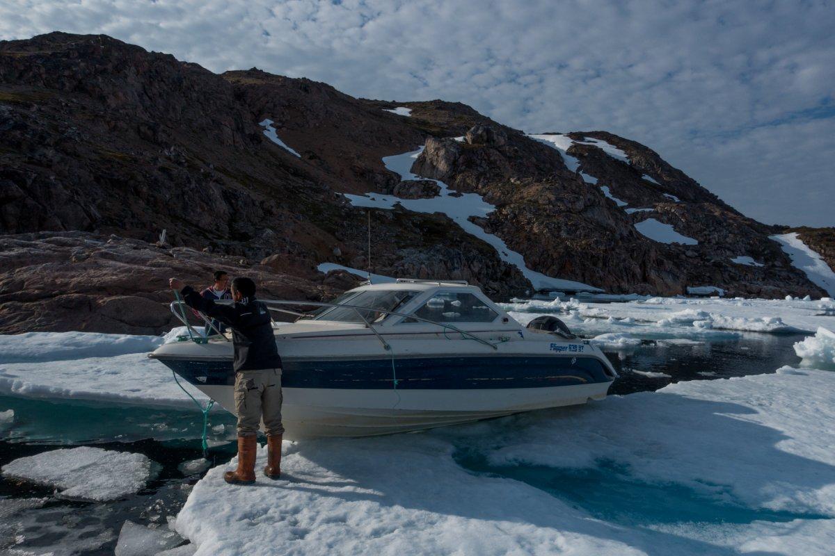 Fotos incrivelmente belas de lixo enferrujado da Segunda Guerra Mundial na Gronelândia 15