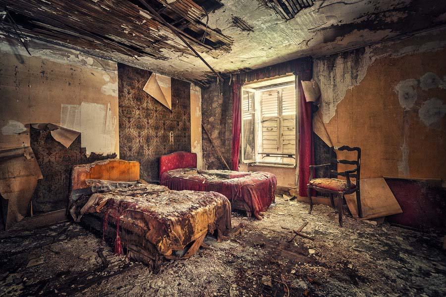 A beleza assombrosa de prédios abandonados registrados por um fotógrafo 08