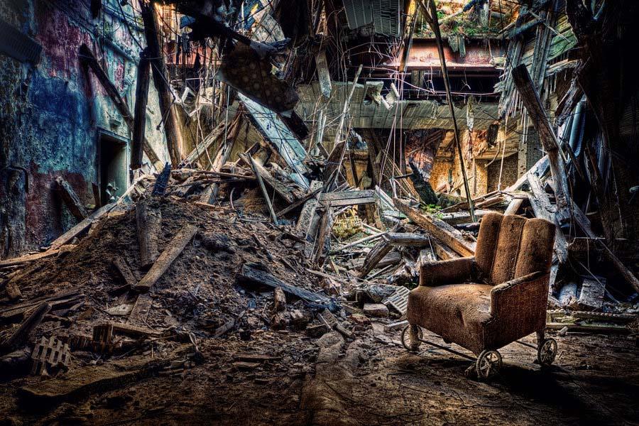 A beleza assombrosa de prédios abandonados registrados por um fotógrafo 13