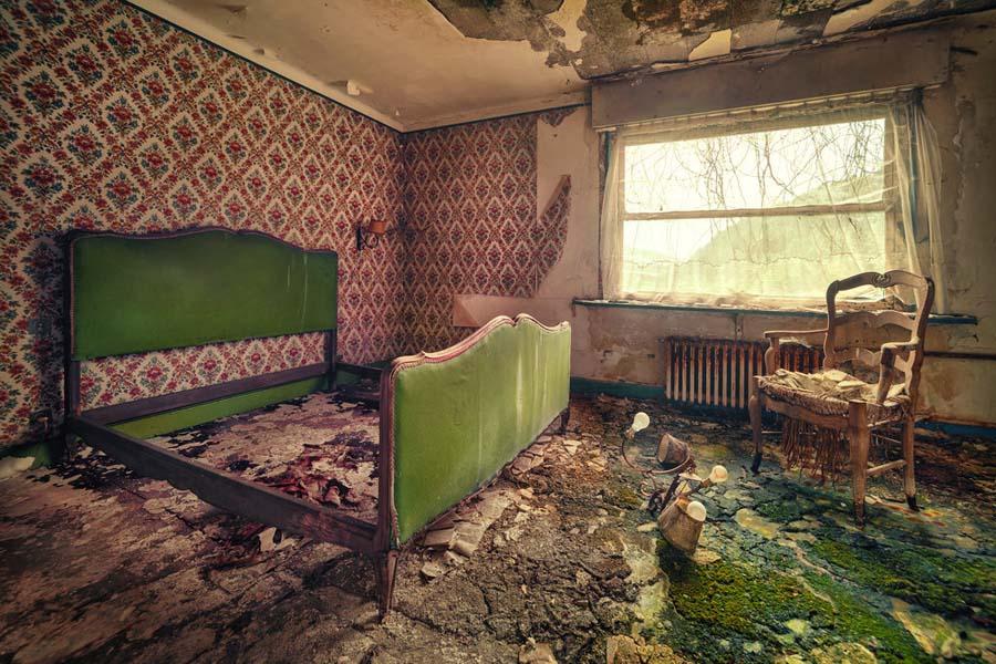 Fotógrafo capta a beleza do assombro de edifícios abandonados 14