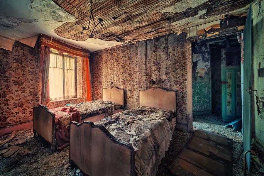Fotógrafo capta a beleza do assombro de edifícios abandonados 20